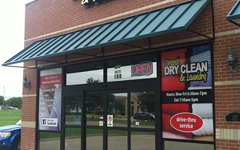 Retail Graphics in Dallas, TX